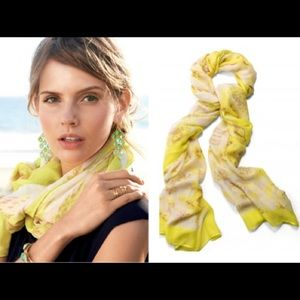Stella and Dot Palm Springs scarf in Citrine